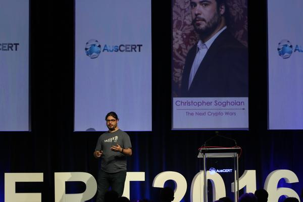 Christopher Soghoian speaking at AusCERT2016